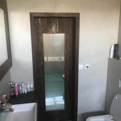 posuvné dvere so zrkadlom